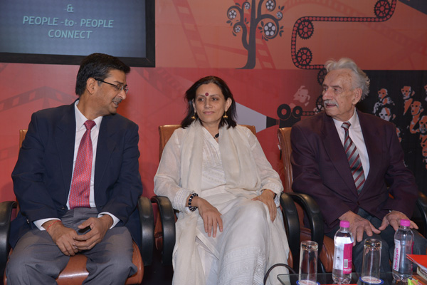 Mr Bharat Lal, Co-Producer Govt. of Gujarat, Anu Radha & Wieslaw Stypula
