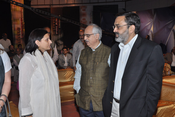 The Dignitories respond to the Film
