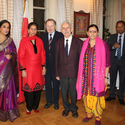 With India\'s Union Minister of External Affairs Preneet Kaur, the Ambassador of India in Warsaw & the Survivors - Mr Roman Gutowski & Mr Wieslaw Stypula.
